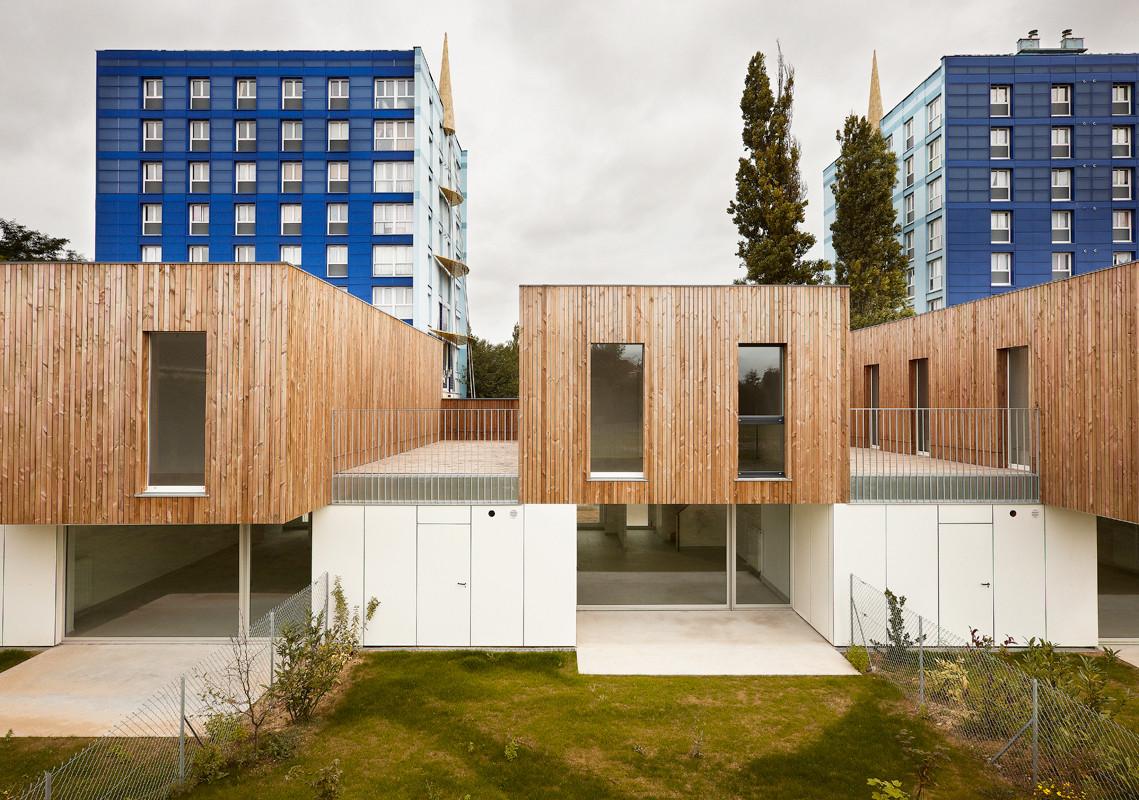 Archivo vivienda colectiva con madera plataforma for Vivienda arquitectura