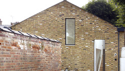 Dalston Studio / Cassion Castle Architects