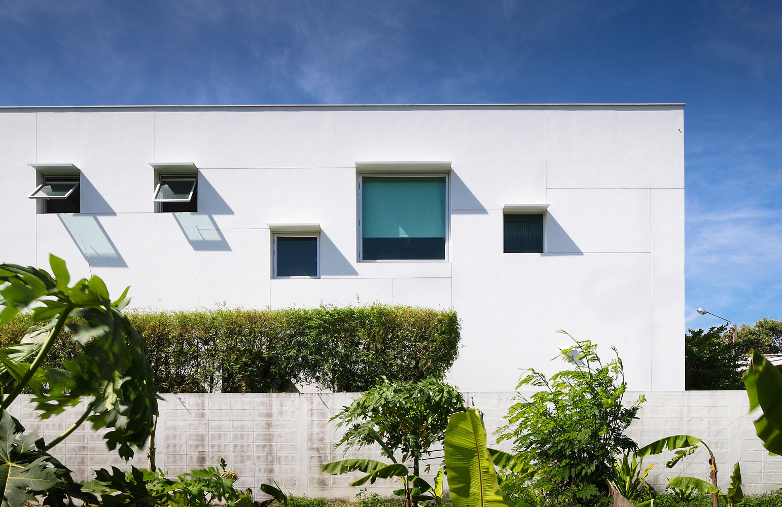 T-House / NOTDS