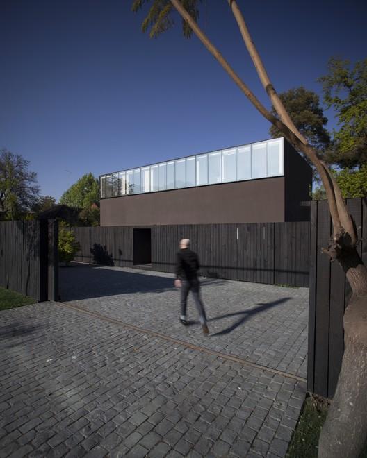 Chovar House / Tidy Arquitectos, © Marcelo Cáceres