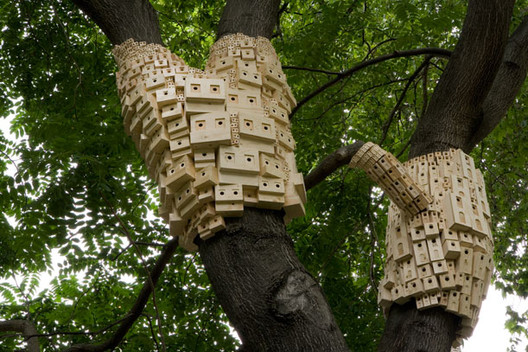 """Richard Levy Gallery Hatches Architectural Birdhouse Competition, Natural Habitat 67? London Fieldworks' 2010 installation """"Spontaneous City in the Tree of Heaven"""" offers birds and insects a place to stay. Image © London Fieldworks"""
