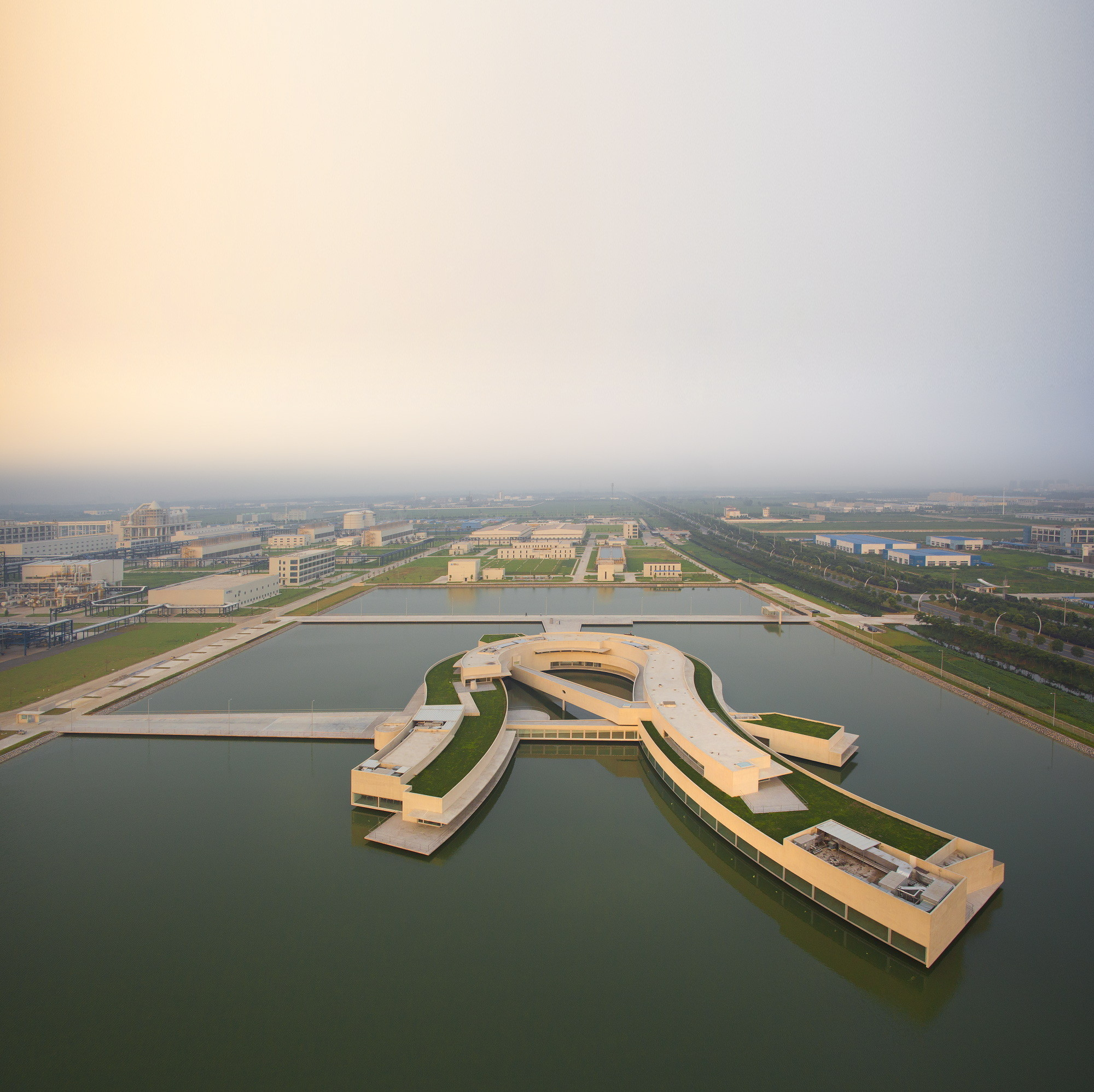 Fernando Guerra Captures Álvaro Siza's First Project in China, © Fernando Guerra | FG+SG