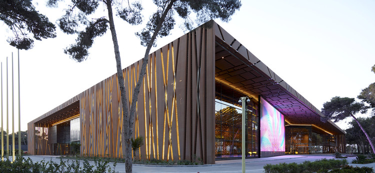 Tripoli Congress Center / Tabanlioglu Architects, © Cemal Emden