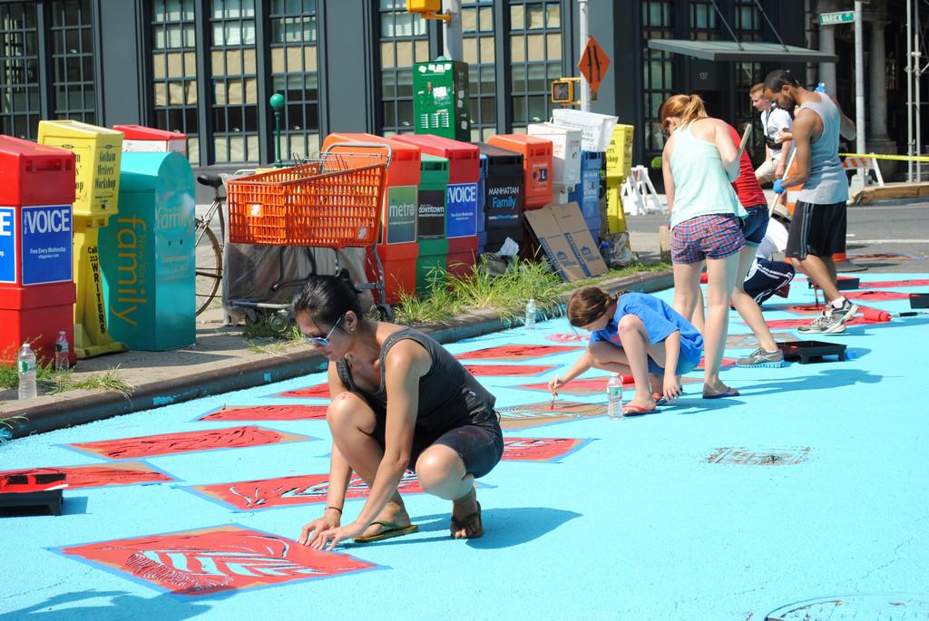 Artistas urbanos de Nova Iorque contam com mais espaços públicos para intervenções, © NYCDOT