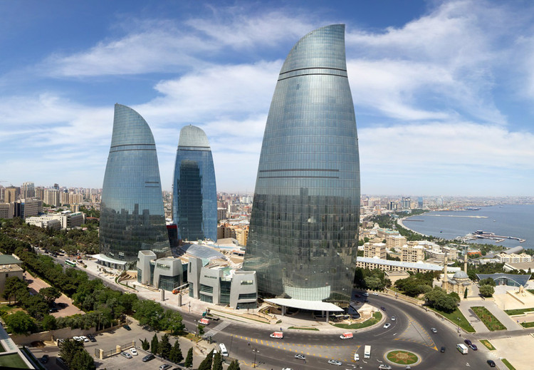 Baku Flame Towers / HOK, © Farid Khayrulin