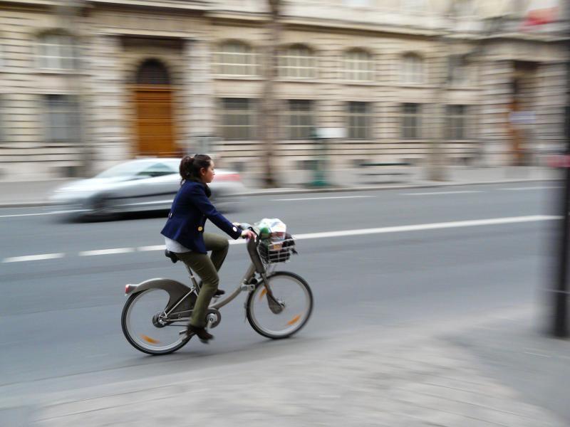 França começa a pagar pessoas que vão trabalhar de bicicleta, © Xavier68, via Flick