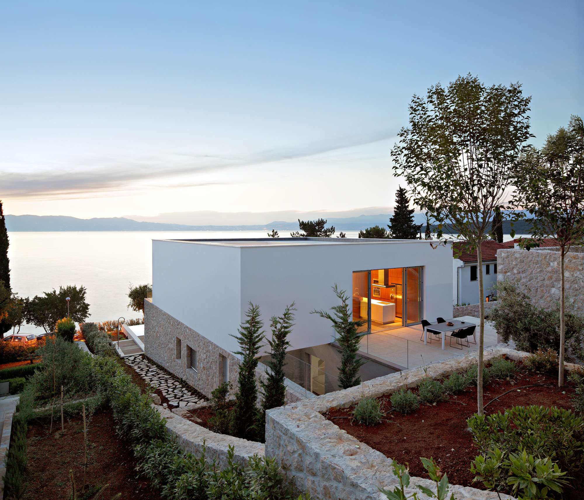 CEMEX Launches XXIII Building Award, House on Krk Island / DVA Arhitekta. Image © Robert Les
