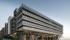 Siemens HQ in Masdar City / Sheppard Robson