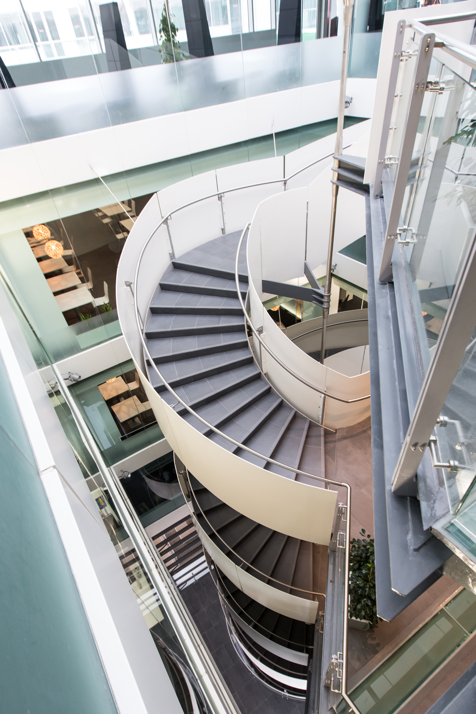 Siemens HQ in Masdar City / Sheppard Robson | ArchDaily