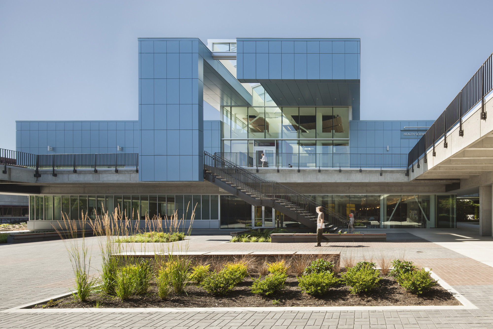 Health Sciences and Student Resources Building at North Seattle College / Schacht Aslani Architects, © Lara Swimmer