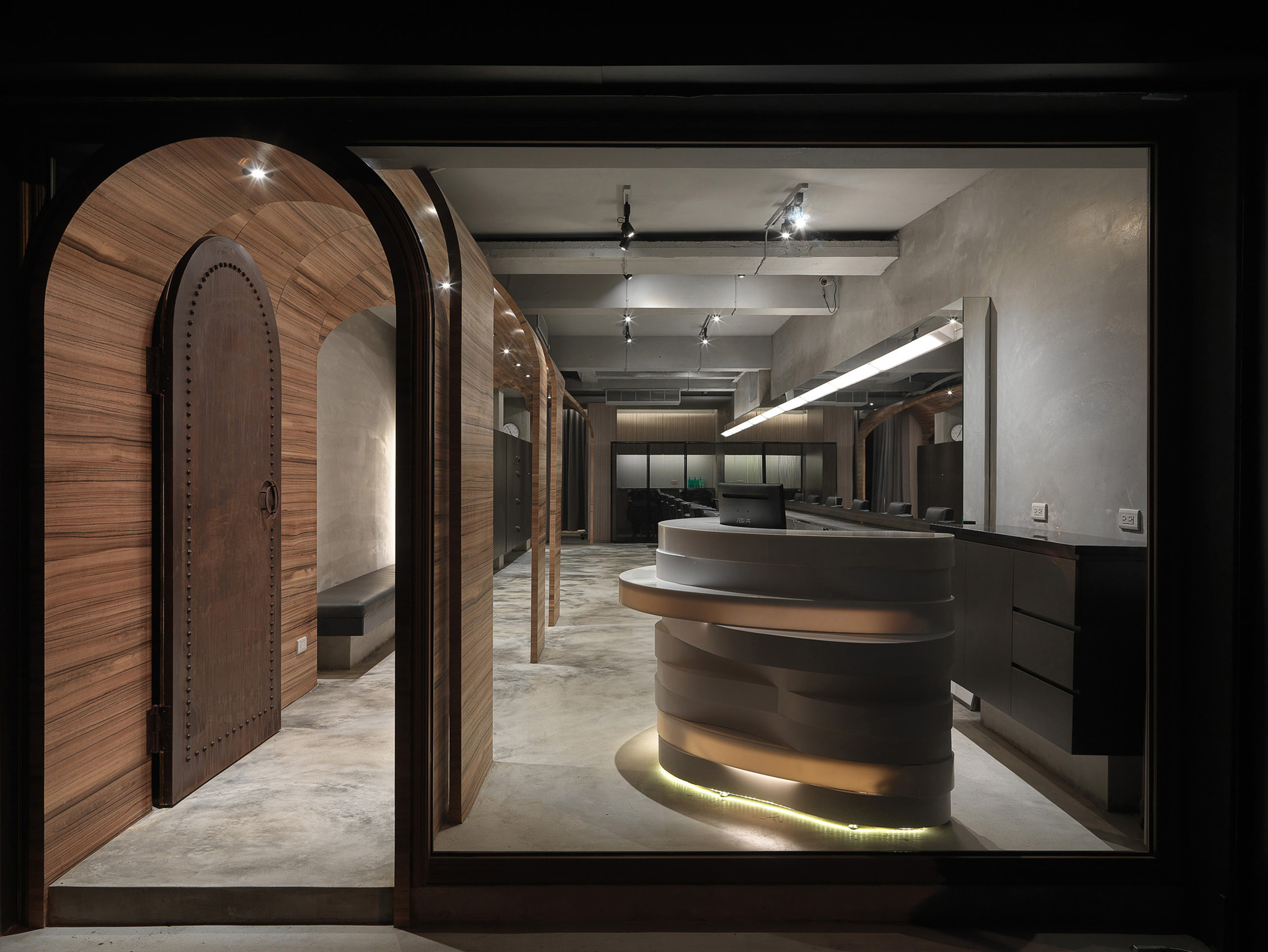 Gallery of How Fun Hair Salon / JC Architecture - 2