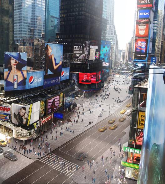 52ce4e57e8e44e849600007e_snohetta-makes-times-square-permanently-pedestrian_archdaily_times-square_aerial