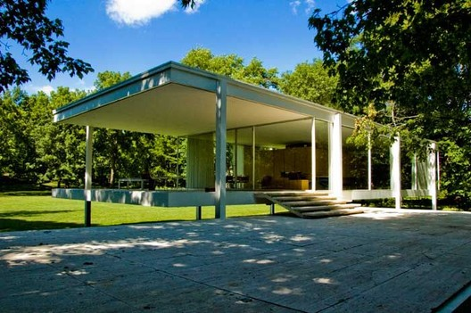The Farnsworth House by Mies Van Der Rohe, 1951. Plano, Illinois. Image Courtesy of Blouin Art Info