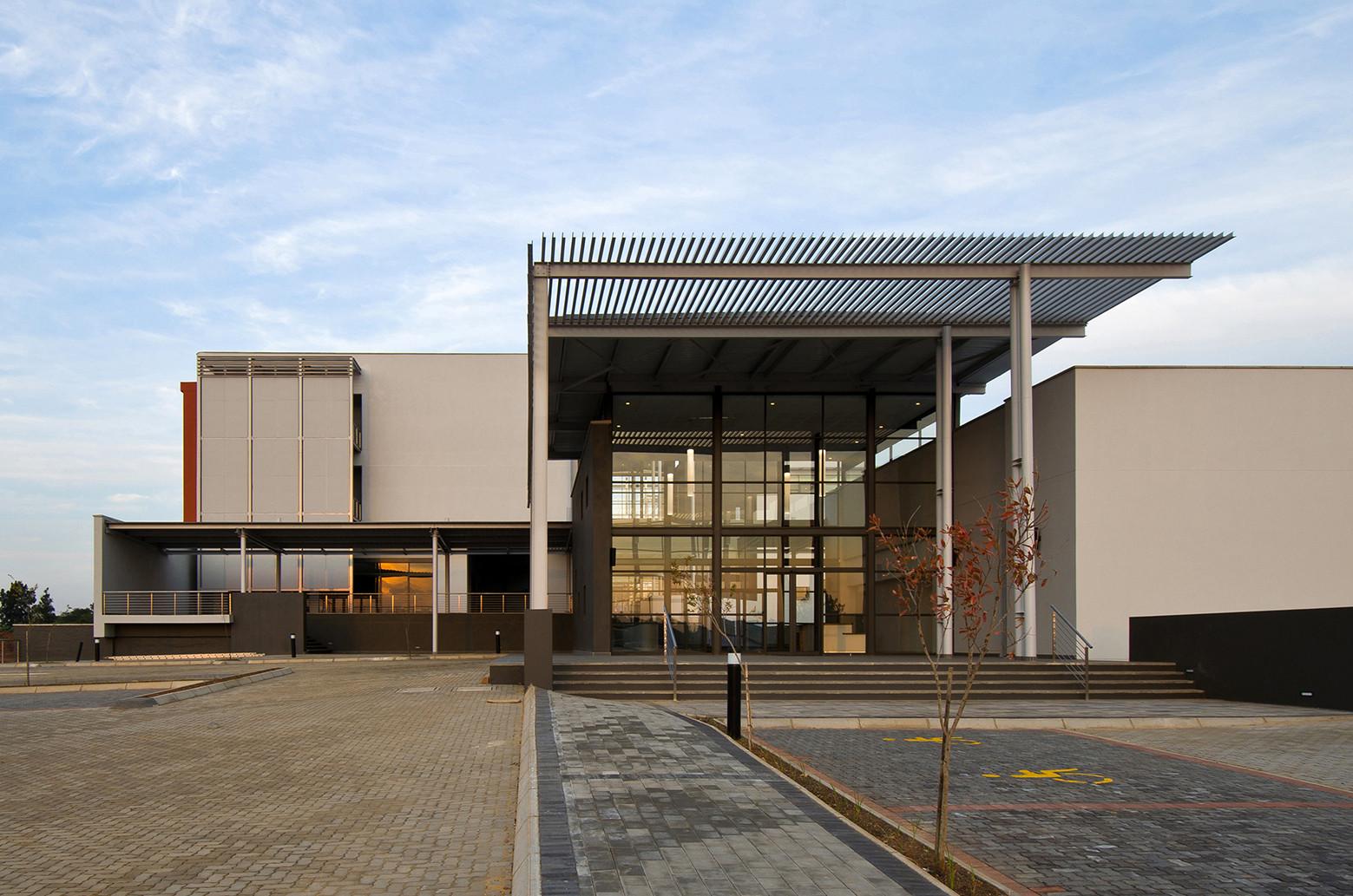Morvest Headquarters / Anthrop Architects, © Dewald van Helsdingen