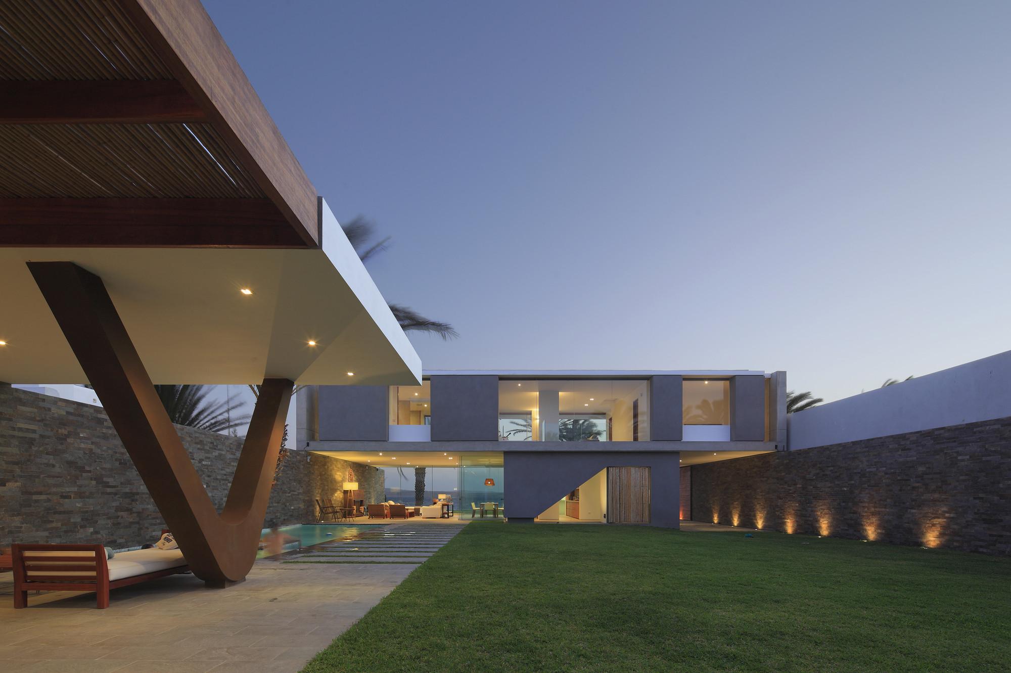Mar de Luz House  / Oscar Gonzalez Moix, © Juan Solano Ojasi