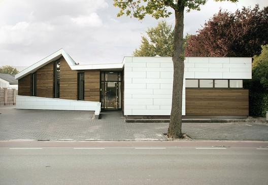 Osteopathie praktijk Roosendaal / zone zuid architecten