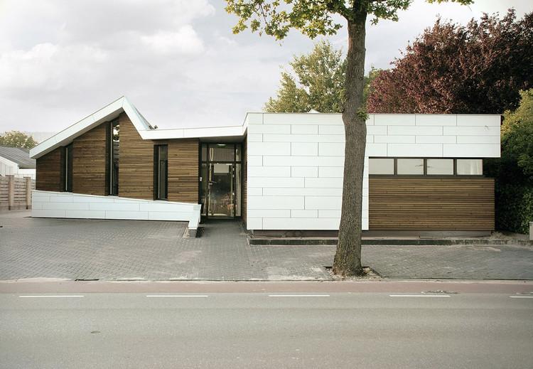 Osteopathie praktijk Roosendaal / zone zuid architecten, Cortesía de Gido van Zon