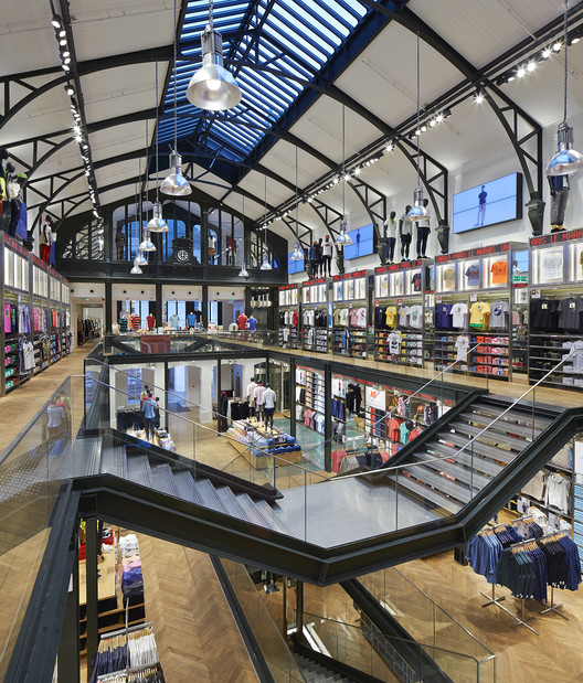 UNIQLO Le Marais / Wonderwall, © Hufton+Crow