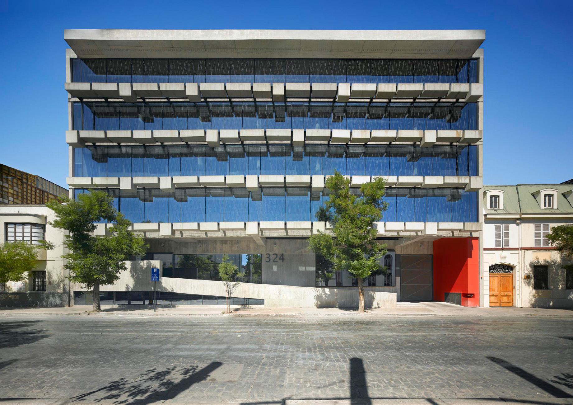 Menção Honrosa no Prêmio Rogelio Salmona: Campus Urbano da Universidade Diego Portales / Mathias Klotz e Ricardo Abuauad, Courtesy of Fundação Rogelio Salmona