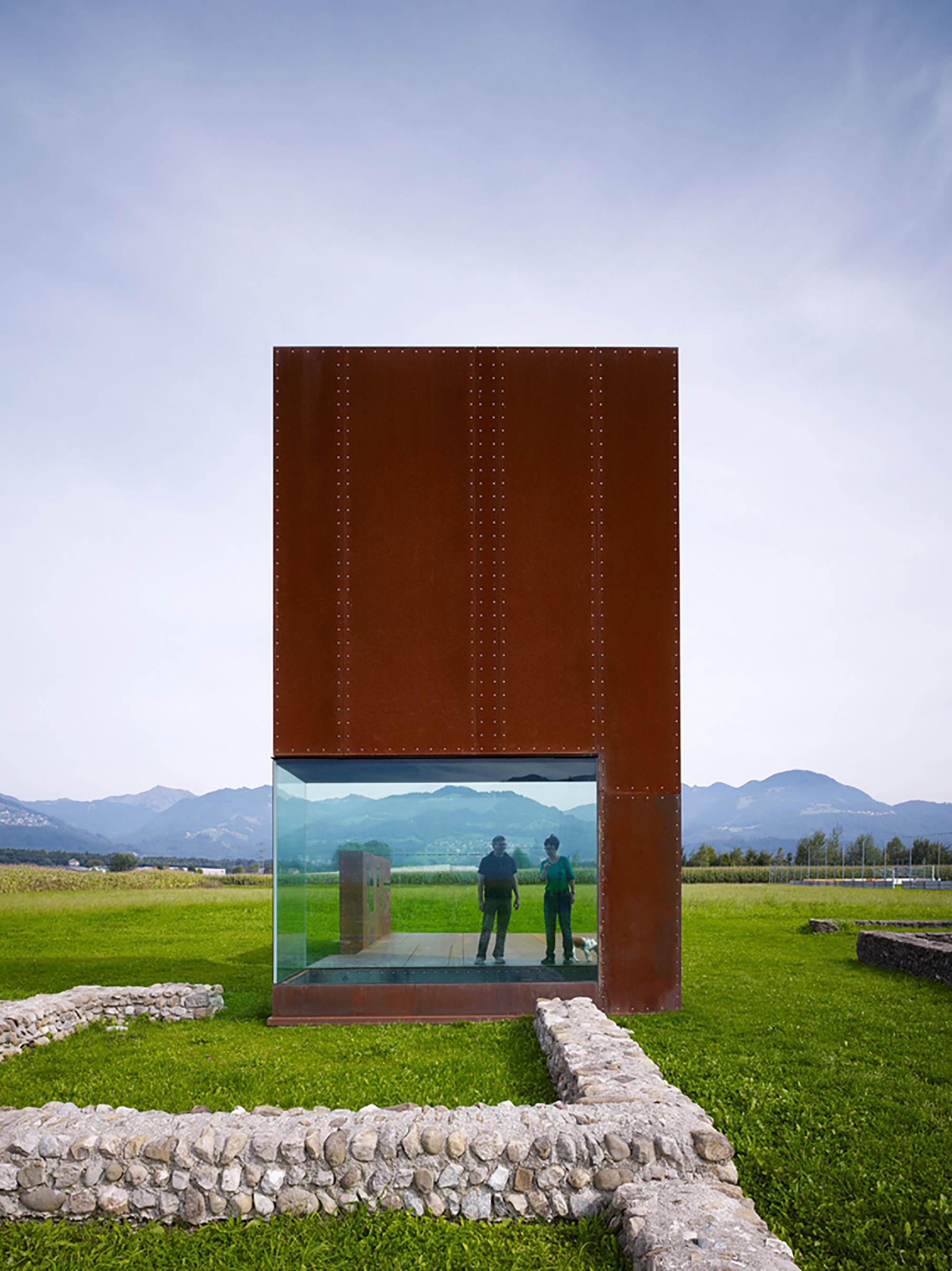 gallery of roman villa marte marte architekten 3. Black Bedroom Furniture Sets. Home Design Ideas