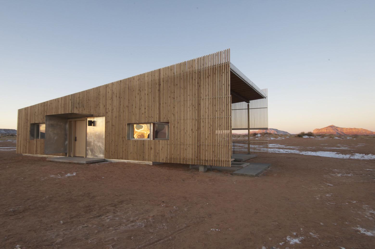 Gallery of hozho house designbuildbluff colorado for Building a house in colorado