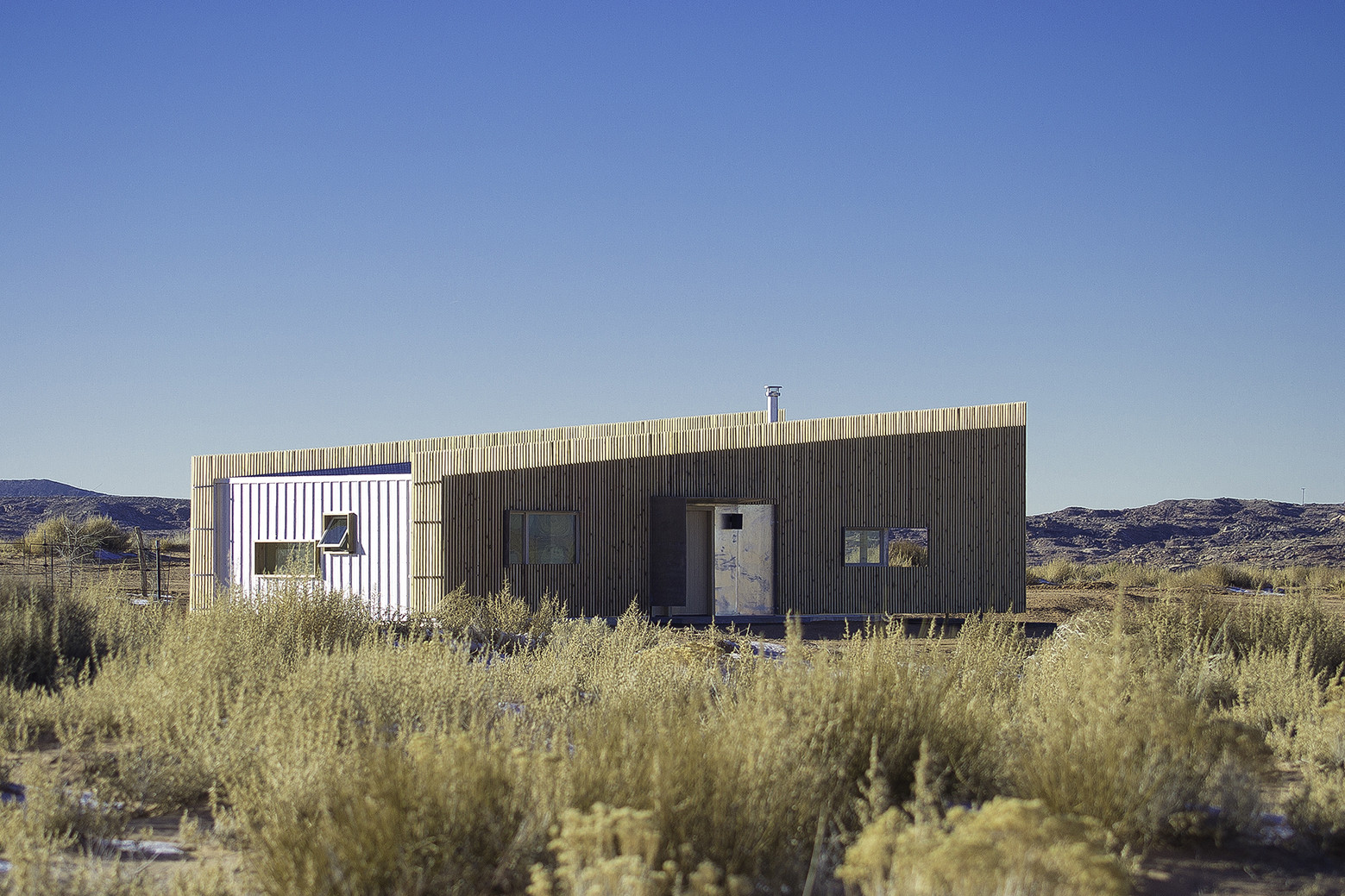Hozho House / DesignBuildBLUFF + Colorado Building Workshop, Courtesy of DesignBuildBLUFF + University of Colorado Denver
