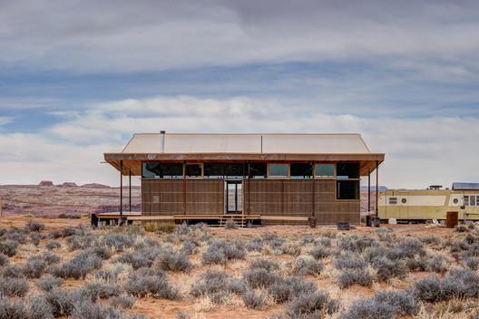 Skow Residence / DesignBuildBLUFF + Colorado Building Workshop