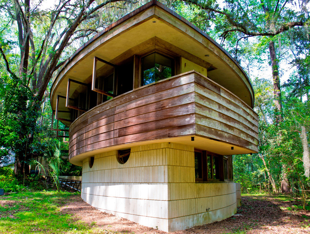 Preserving Frank Lloyd Wright's Hemicycle Spring House, © Alan Spector via preservespringhouse.org