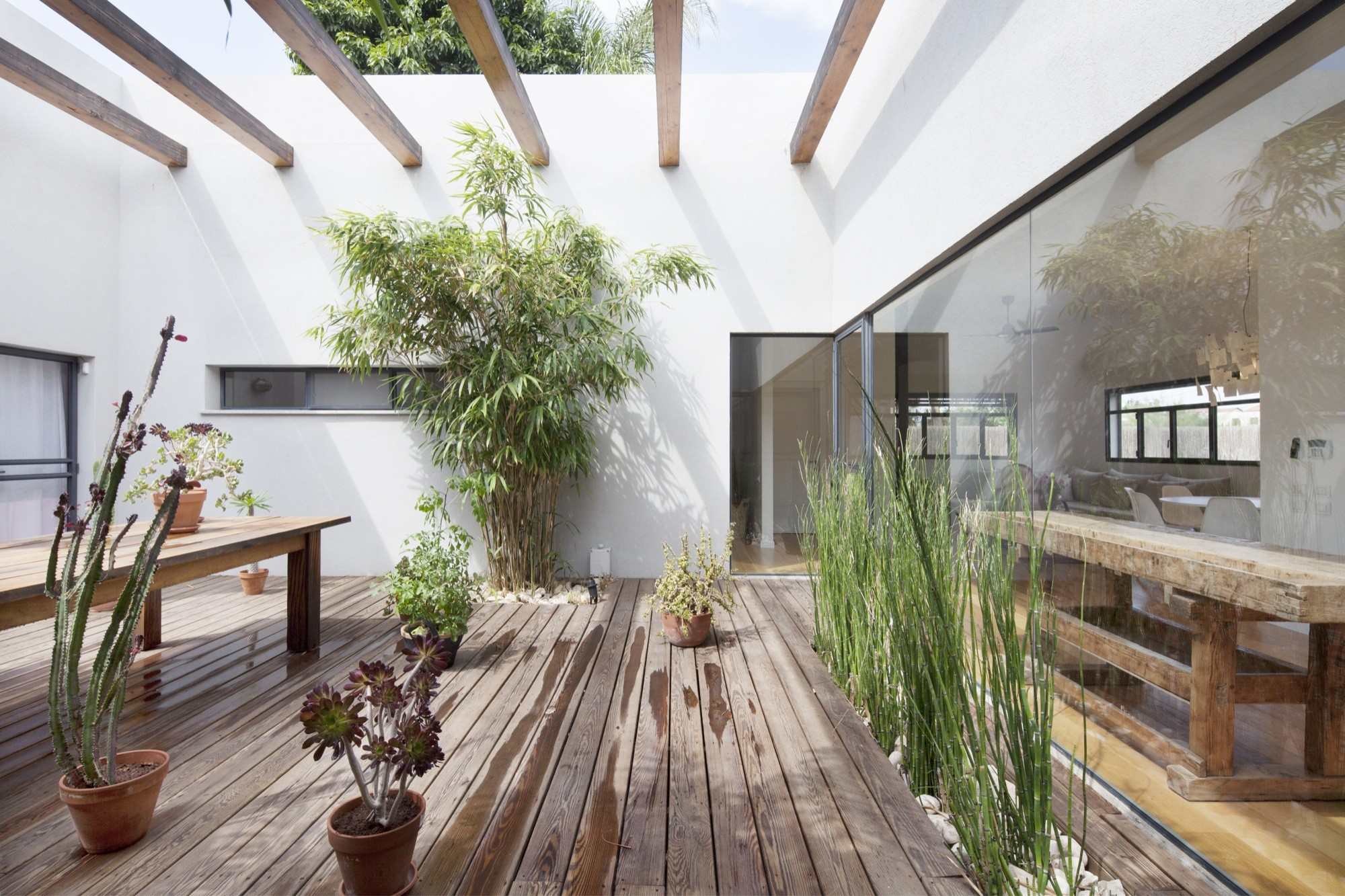 Gallery Of Fuks 34 Henkin Shavit Studio 6: what is an atrium in a house