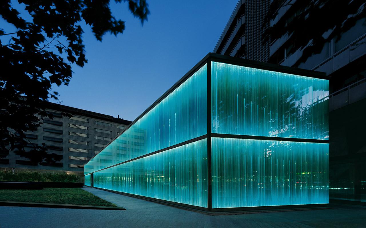 Proyecto de iluminaci n la fachada del roca barcelona - Fachadas arquitectura ...