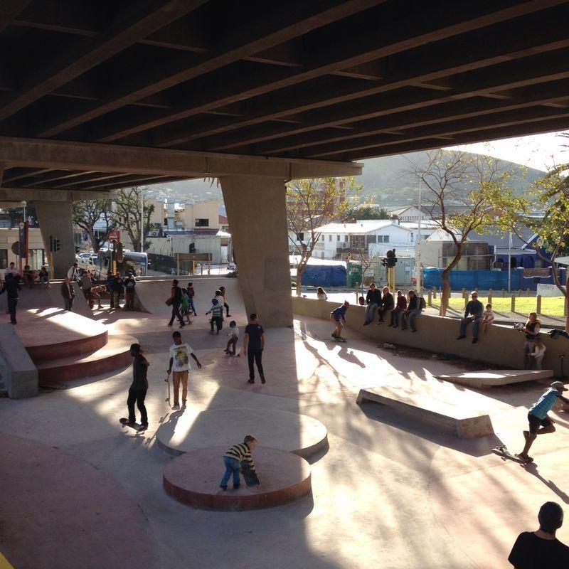 Os impressionantes skateparks de Londres e Cidade do Cabo