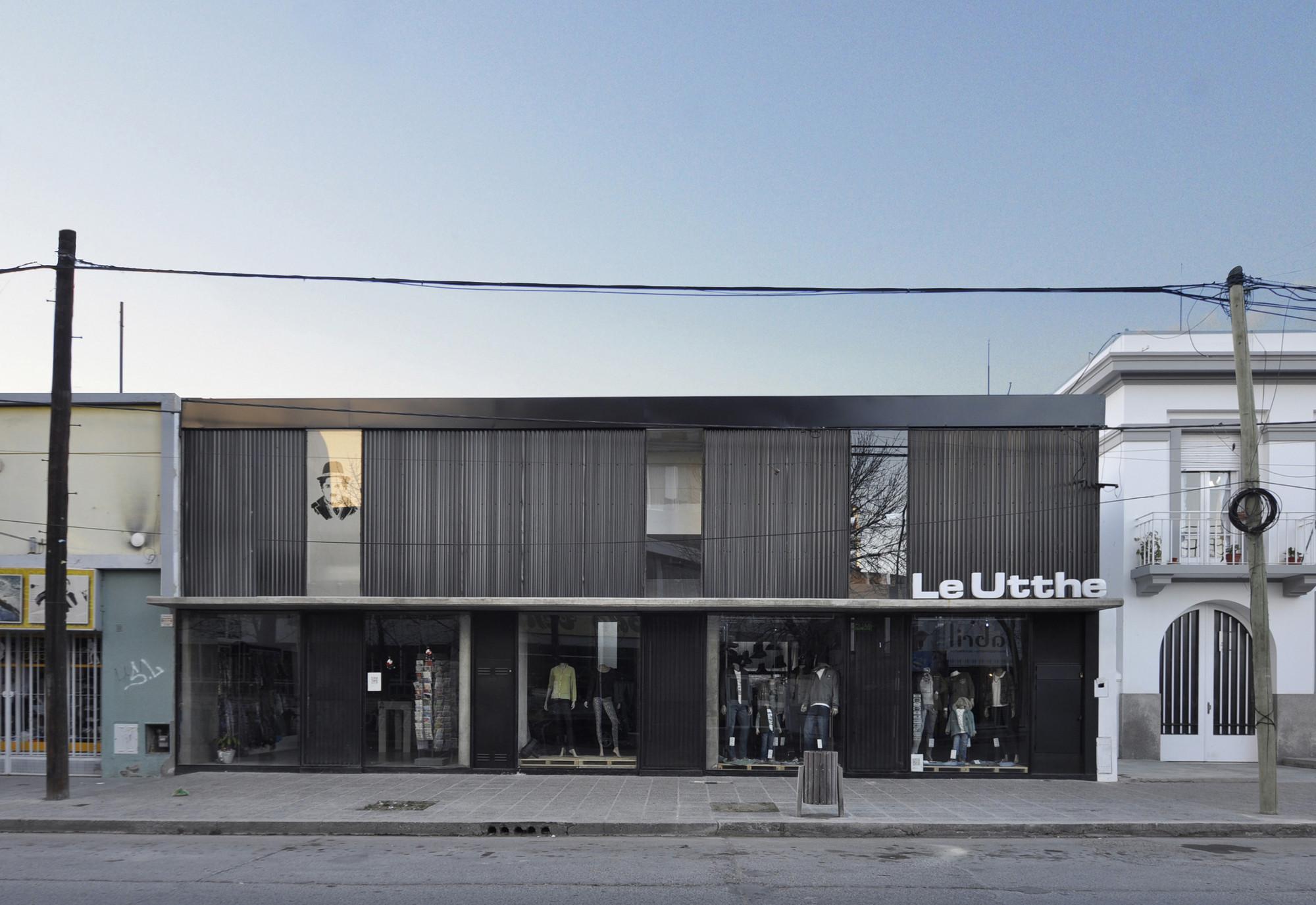 Locales Roca / BBC Arquitectos + Sol Loustaunau, © Manuel Ciarlotti