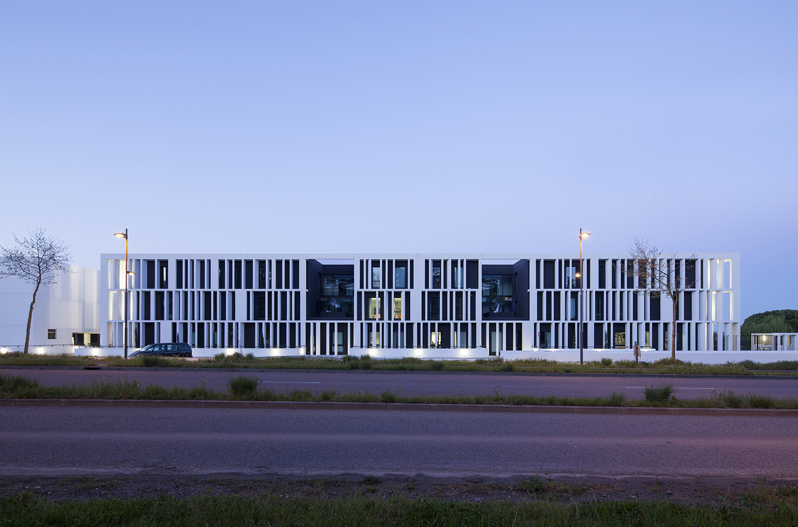 Academy Of Art Crafts (ESMA) / LCR Architectes