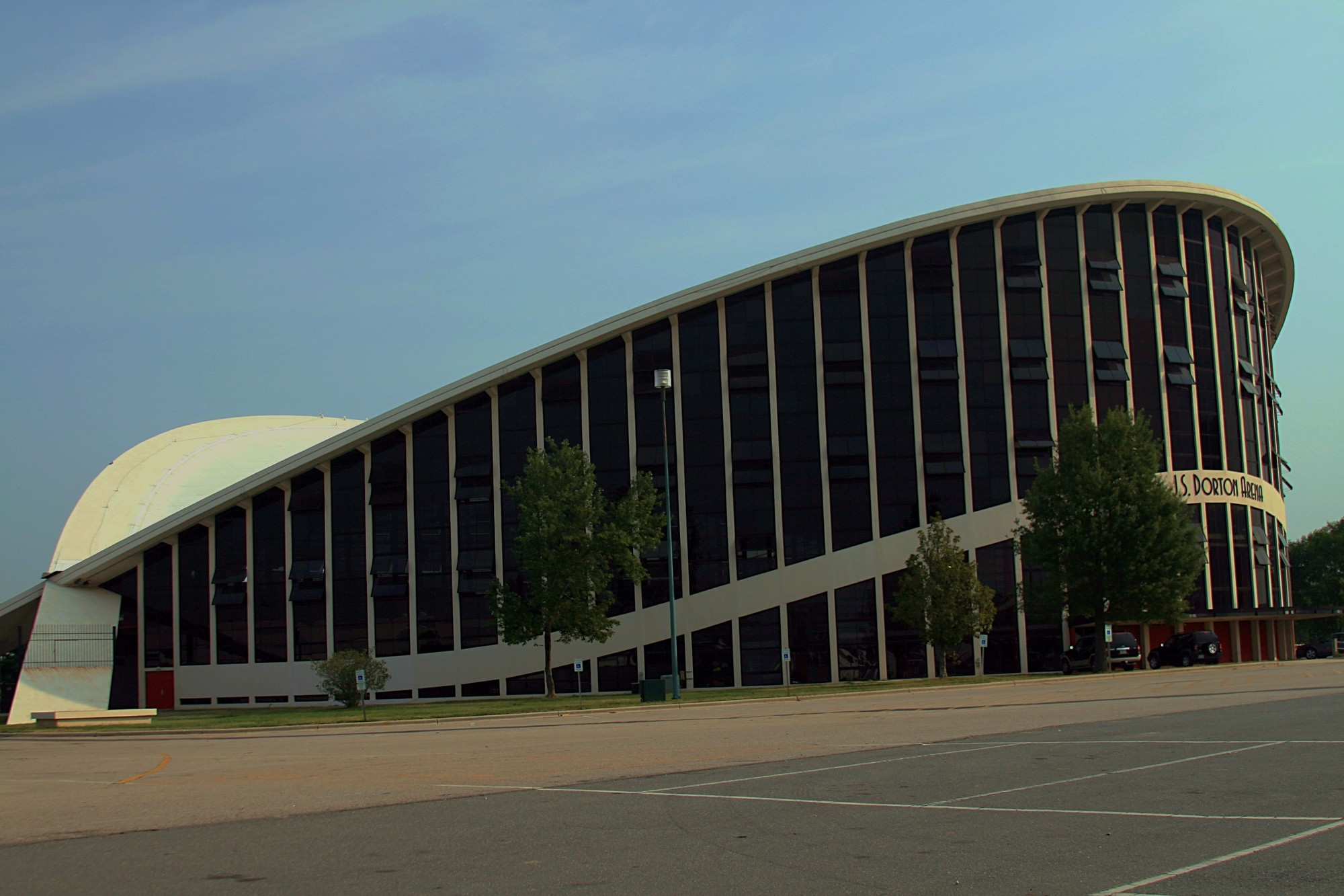 Video: JS Dorton Arena, the Fairground Pavilion That Was a Modernist Marvel, © Flickr CC User Wendy