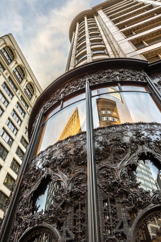 Em foco: Louis Sullivan, Carson Pirie Scott Building em Chicago, Illinois. Imagem © Flickr CC User Chris Smith