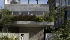 Terrace House / Formwerkz Architects