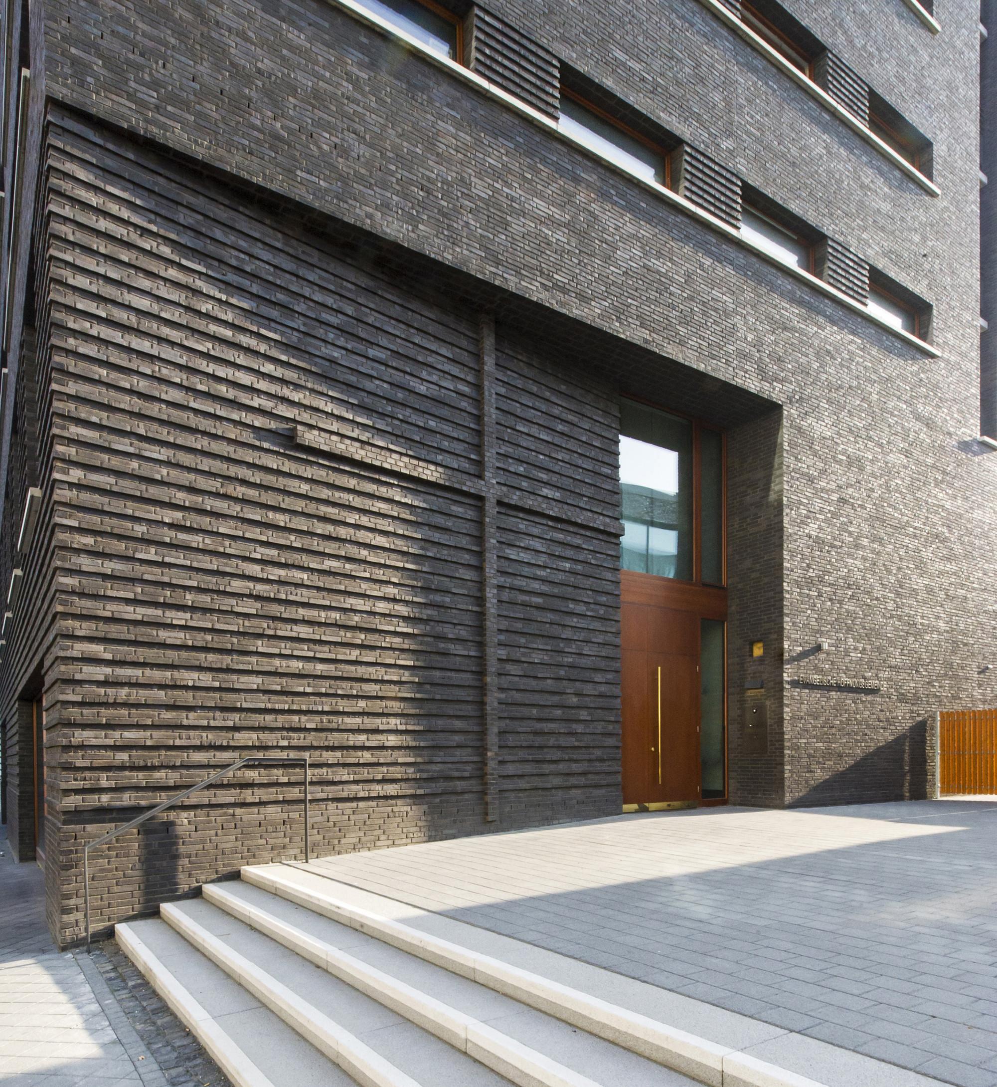 gallery of gemeinde stefan forster architekten 9. Black Bedroom Furniture Sets. Home Design Ideas