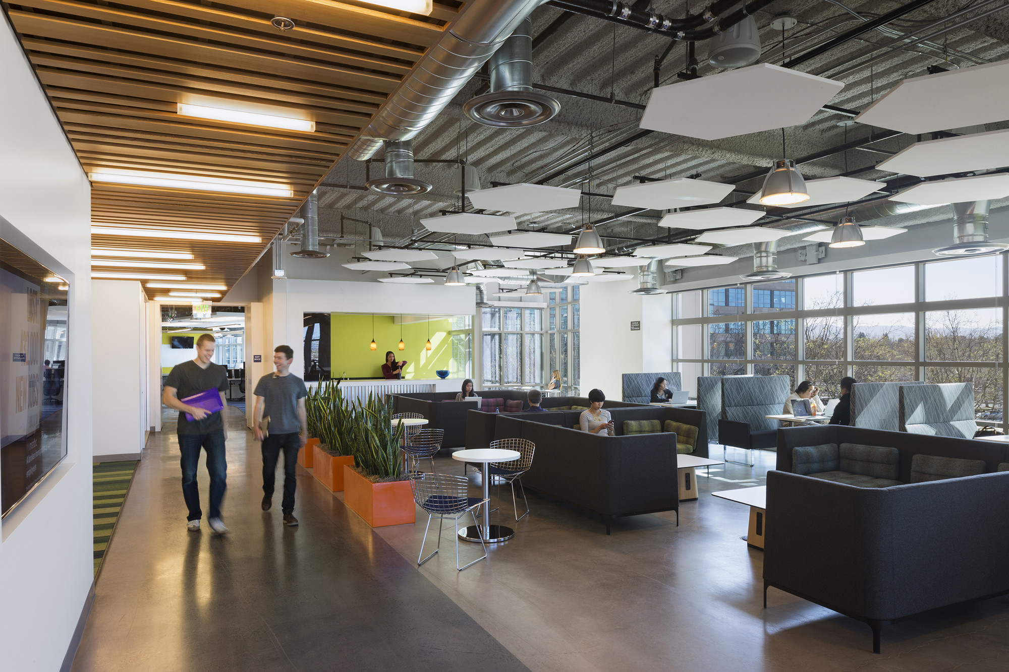 twitter doubles silicon valley office. GoDaddy Silicon Valley Office,© Lawrence Anderson Twitter Doubles Office O