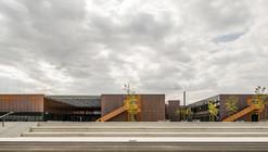 Escuela Secundaria Pública de Labarthe-sur-Lèze / LCR Architectes