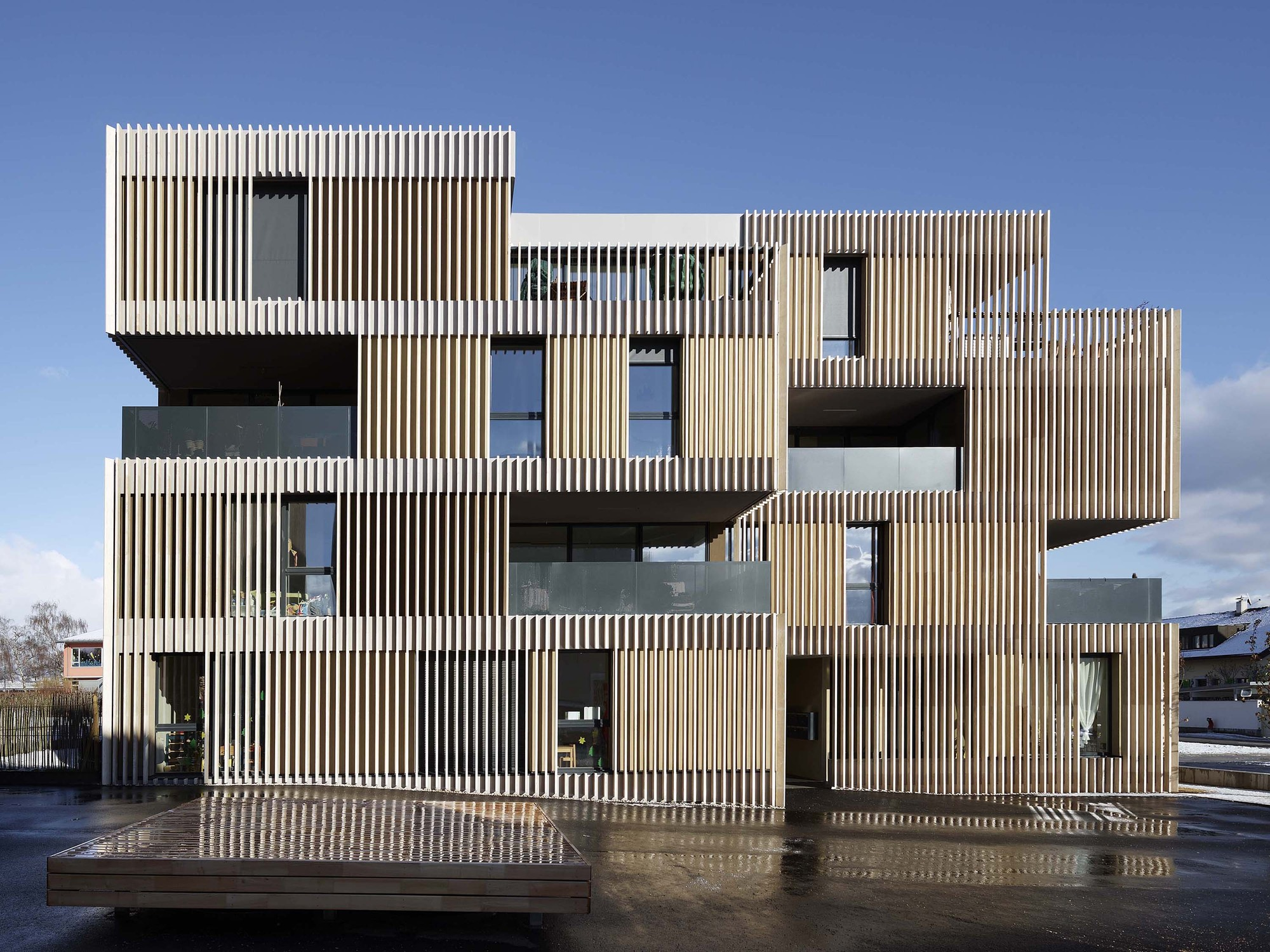 Striped Living / group8, © Régis Golay, FEDERAL studio