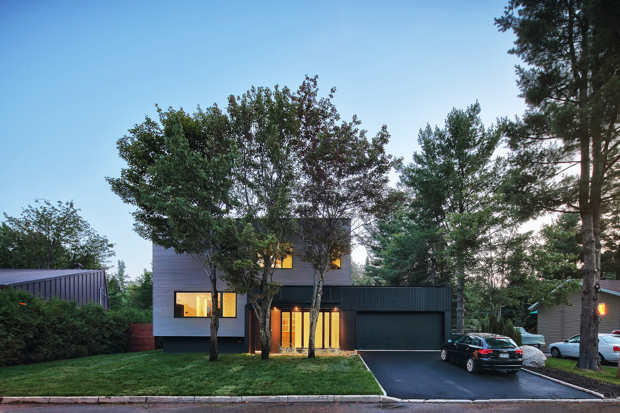 Lausanne House / Hatem+D Architecture, © Alexandre Guilbeault