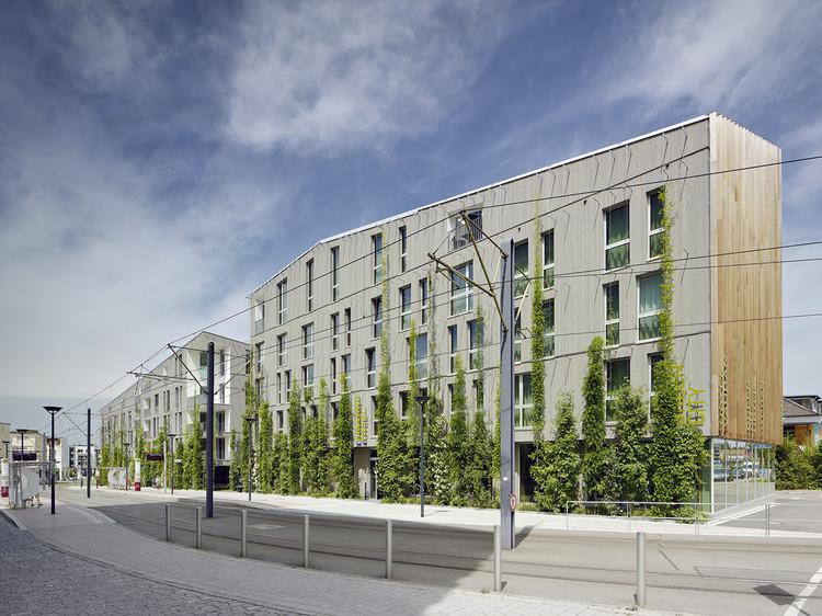 Edificio de Viviendas y Hotel Stadthaus M1 / Barkow Leibinger, © Zooey Braun