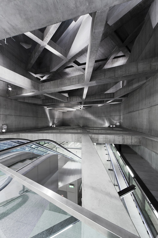 Twin Stations / sporaarchitects, Fovam Station. Image © Tamás Bujnovszky