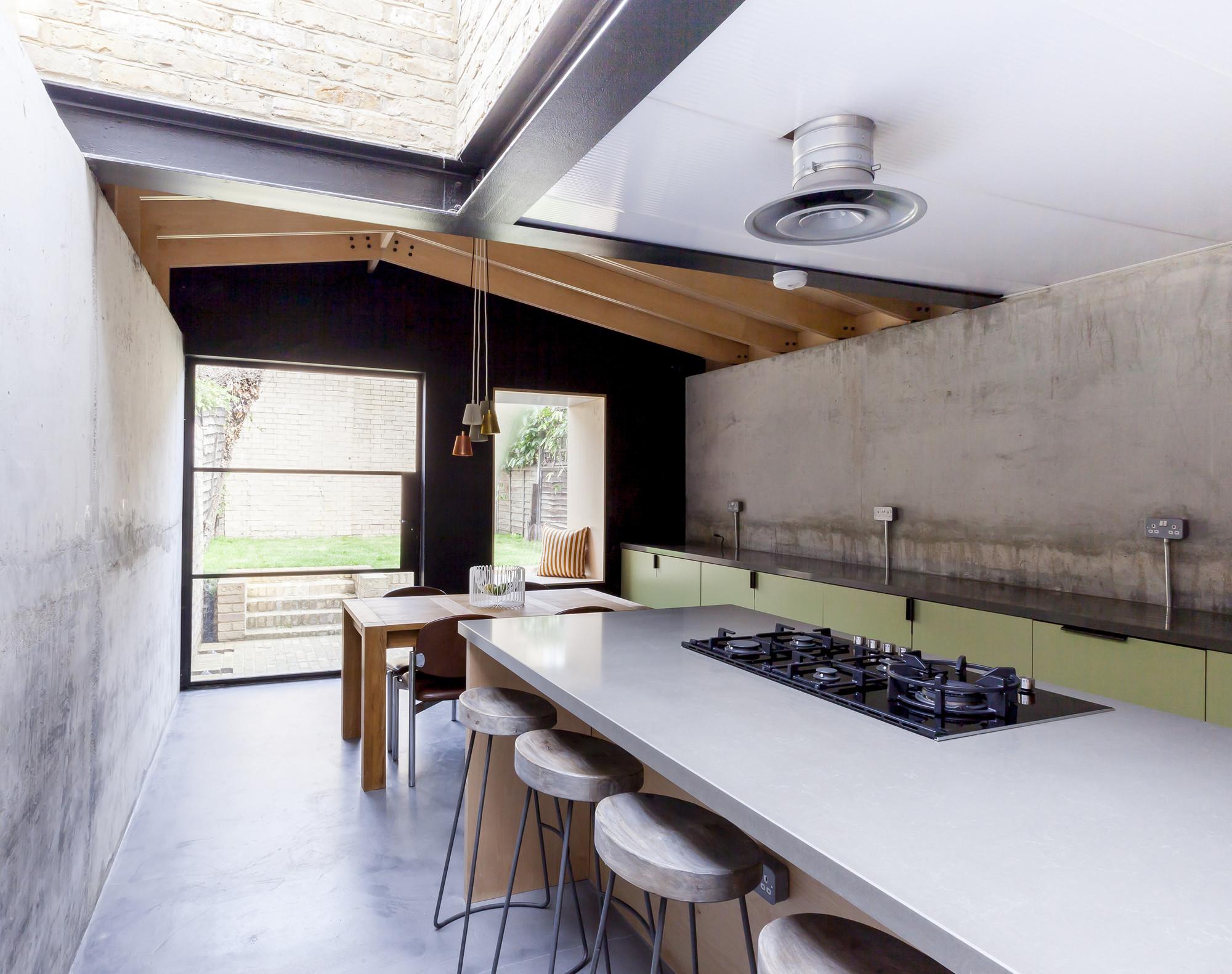 Plywood House Simon Astridge Archdaily