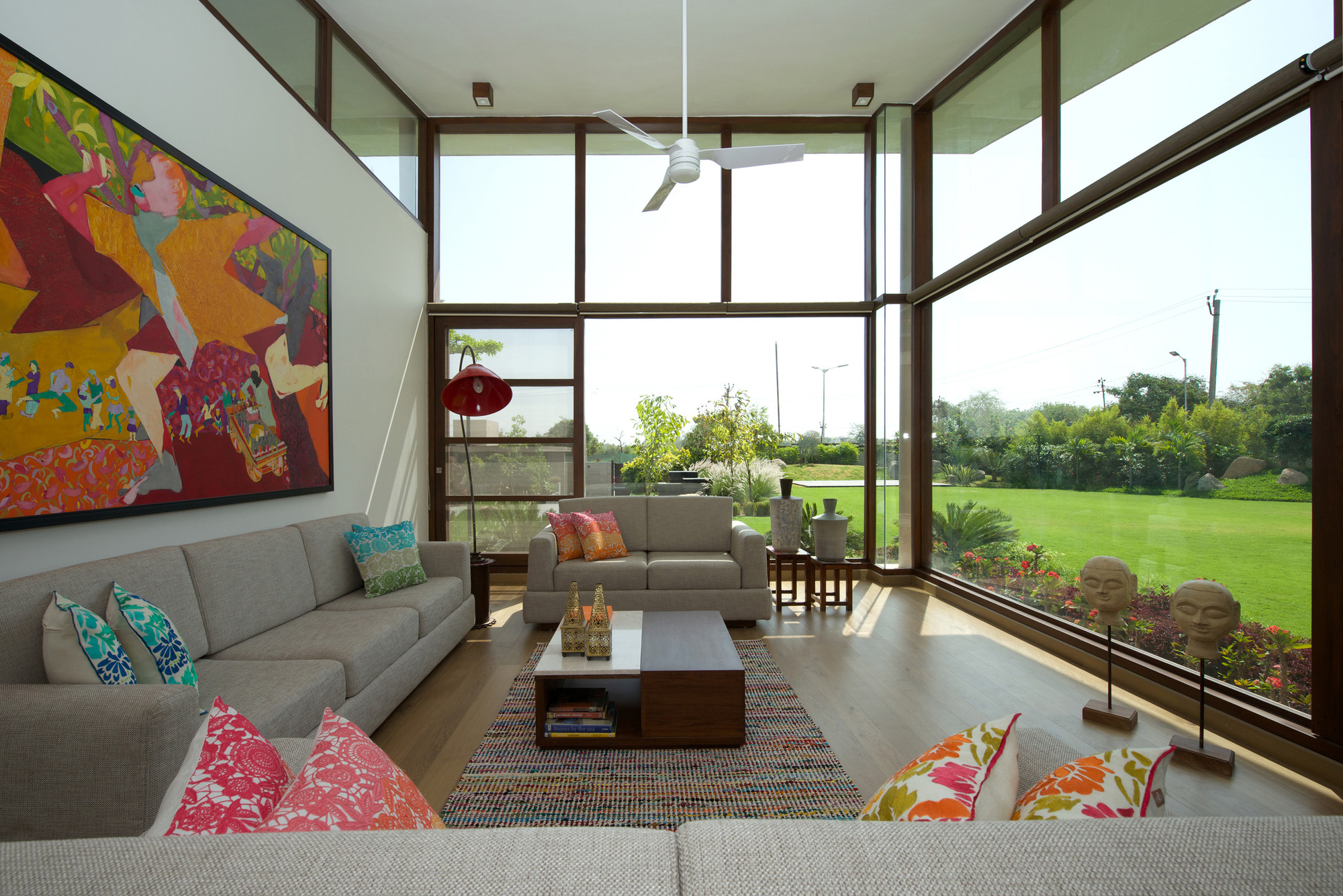 The Urbane House Hiren Patel Architects on Family Room Kitchen Open Floor Plan