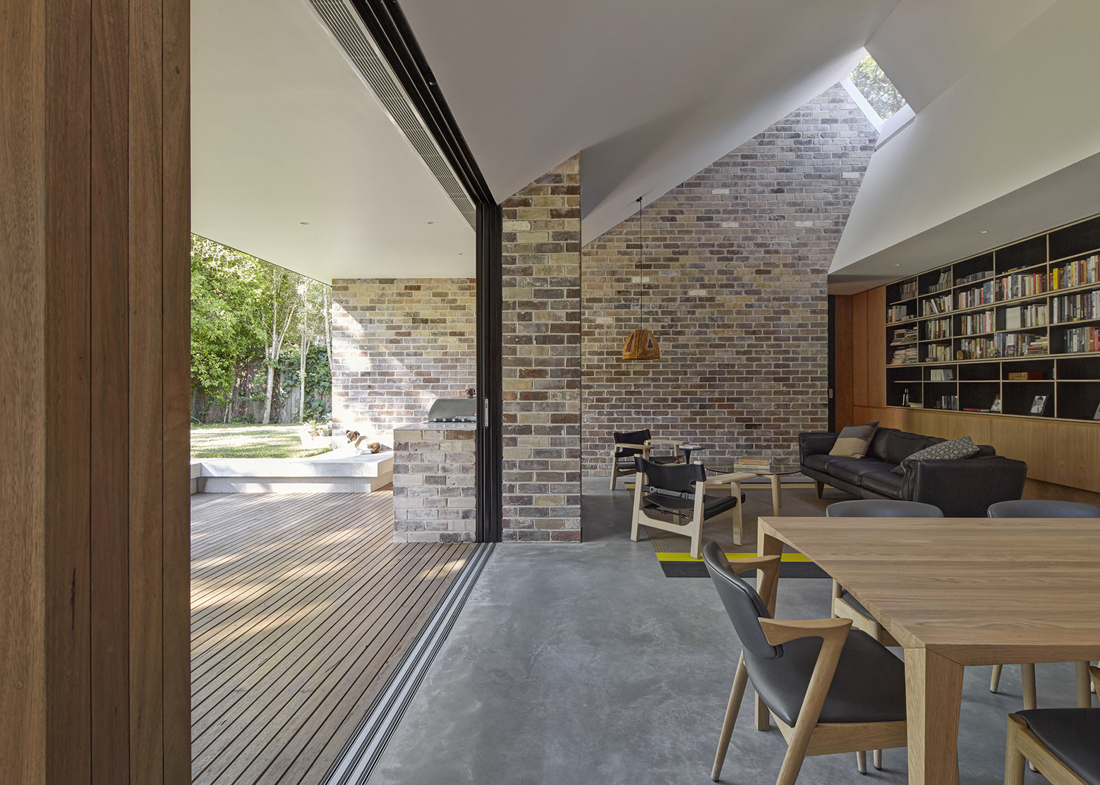 Skylight House / Andrew Burges Architects | ArchDaily on house wall design, house art design, house lighting design, house office design, house attic design, house family room design, house garage design, house rafter design, house eaves design, house porch design, house door design, house deck design, house tile design, house chimney design, house carport design, house roofline design, house bar design, house canopy design, house windows design, house plumbing design,