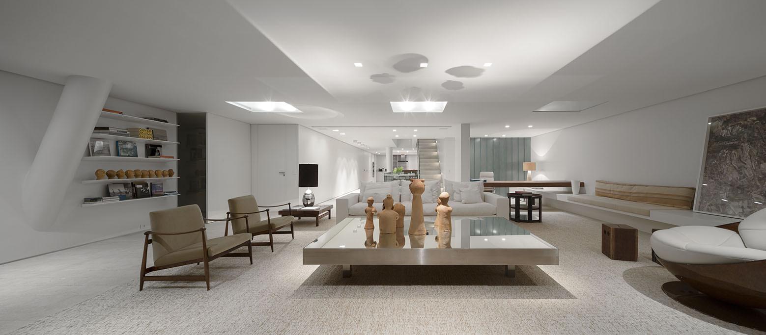 Urca Apartment / Studio Arthur Casas, © Fernando Guerra – FG+SG