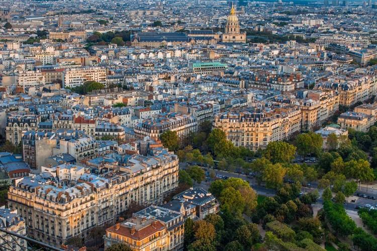 Paris contra o déficit de habitação, Vista aérea de Paris. Image © Victor Moriyama/Xibé