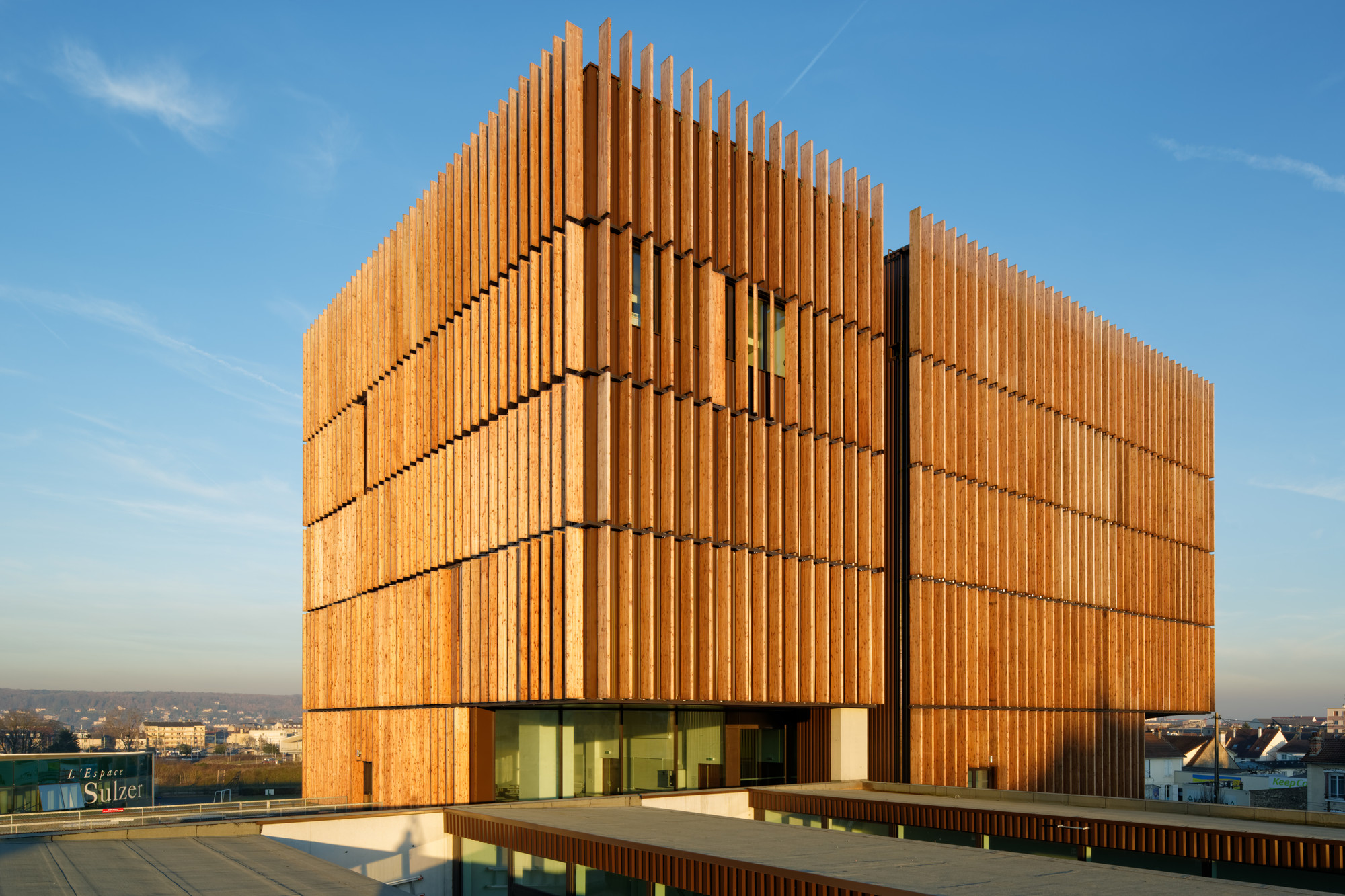 Mantois Technology Centre Badia Berger Architectes