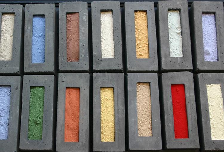 Materiales: Hormigones Pigmentados , Pintura Mineral para Hormigones / Nuprotec